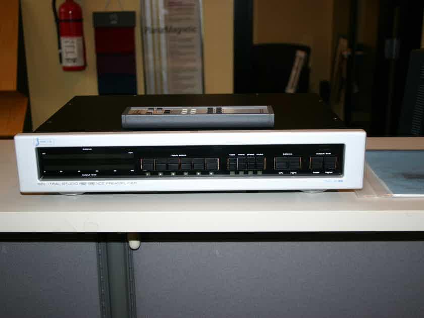 Spectral DMC 30SV preamp