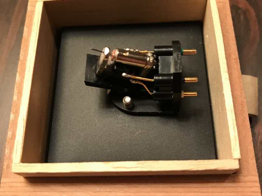 Sumiko BlackBird Hi Output MC Phono Cartridge