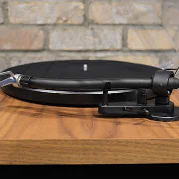 Pro-Ject Audio Systems Debut SB S-Shape