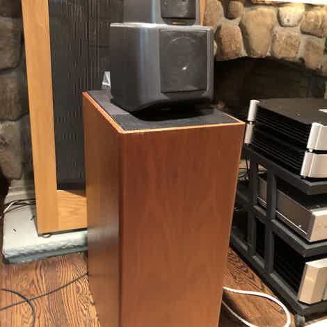 KEF Reference 107