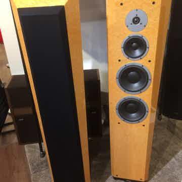 Dynaudio Sapphire 30th Anniversary Speakers (Ivory): EX...