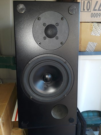 MBL 323 SPEAKERS