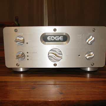 Edge Electronics Signature 1 Preamp A/C-D/C operation! ...