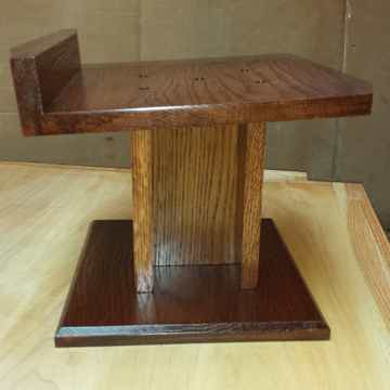 Custom Speaker Stands Oak