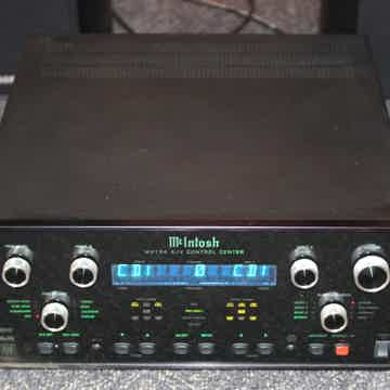 McIntosh MX-134 A/V Control Center