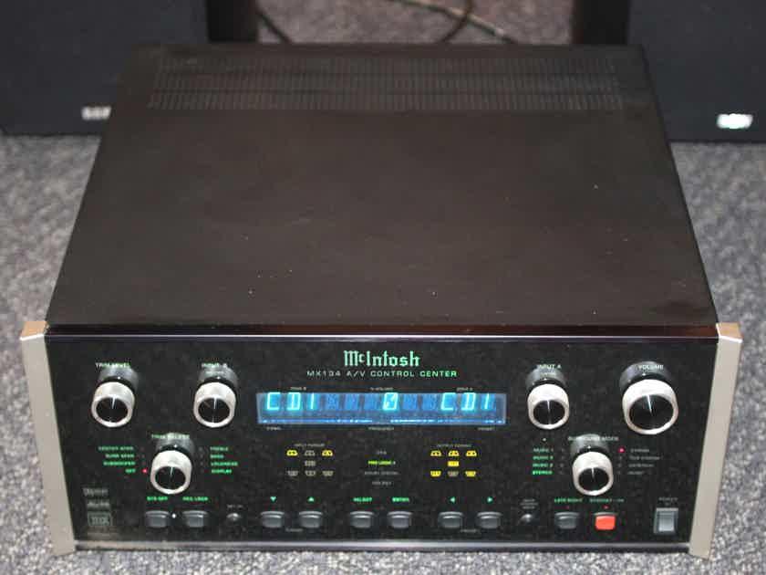 McIntosh MX-134 A/V Control Center