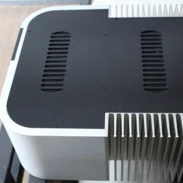 Classe Audio CA-2200