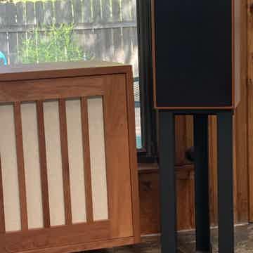 Harbeth Speaker Stand