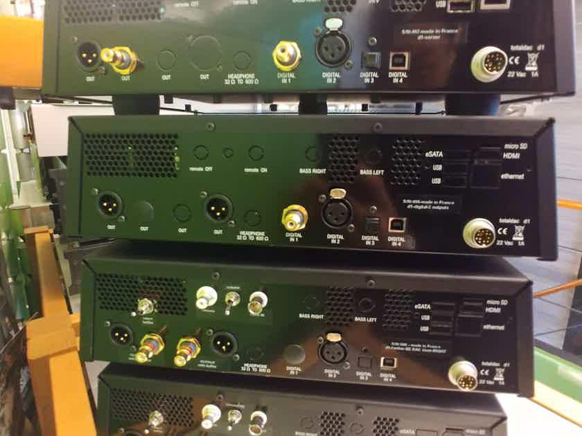 Totaldac D1-TWELVE  Plus Server 4 boxes full system 220V