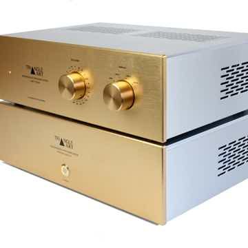 TRIANGLEART REFERENCE TUBE PREAMPLIFIER WITH REMOTE CON...