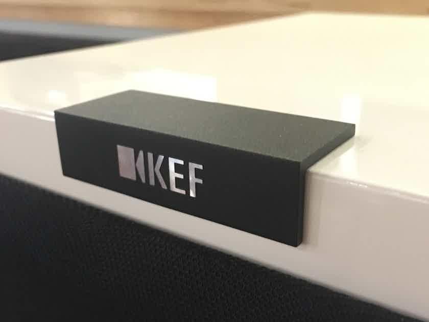 KEF R900 Passive Floor Standing Speakers (Store Demo)