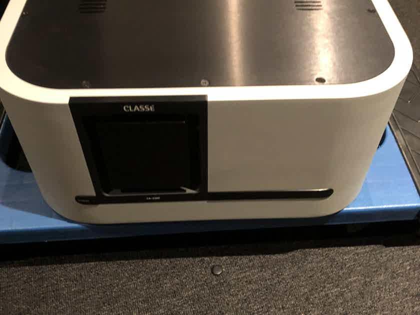 Classe CA-2300 Excellent amplifier
