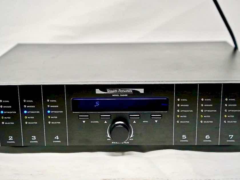 Stealth Acoustics  8-Channel Integrated Amplifier Flawless Condition 10/10 Shape!!