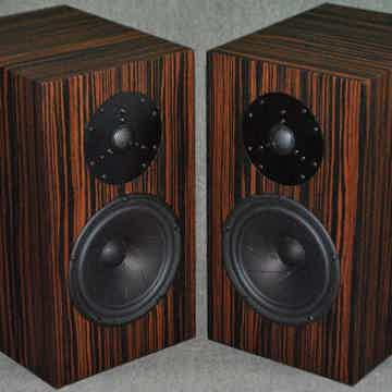 FRITZ SPEAKERS CARRERA EDITORS CHOICE AWARD WINNING LOU...