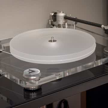 Clearaudio Champion CMB Turntable