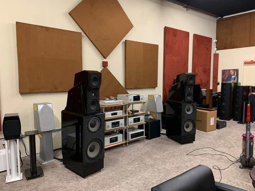 Wilson Audio MAXX Series I Black