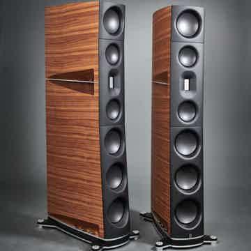 05 Floorstanding Loudspeakers