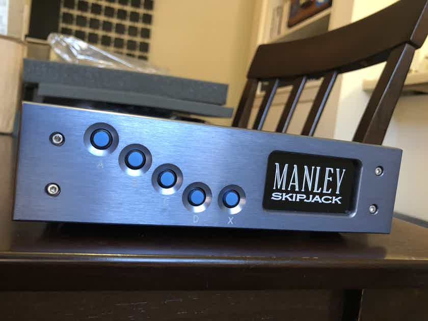 Manley Skipjack - Preamp Source Selector / RCA Switcher