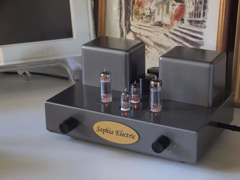 Sophia Electric Baby integrated amplifier demo unit