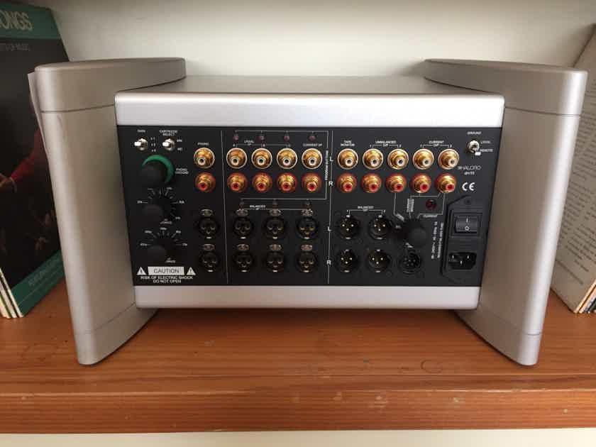 Halcro Amplifiers DM-10