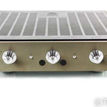 I30 Stereo Integrated Amplifier