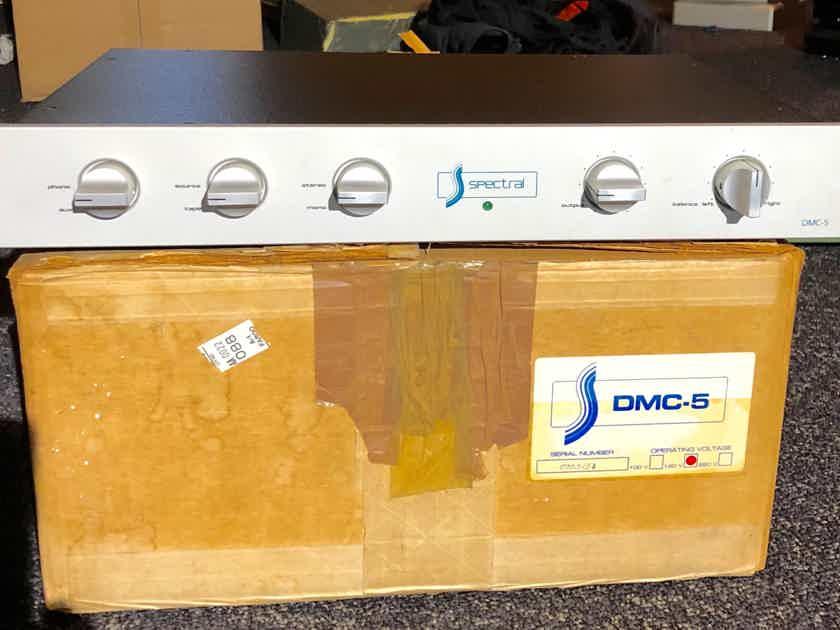 Spectral DMC-5 RCA Clasic W Phono.
