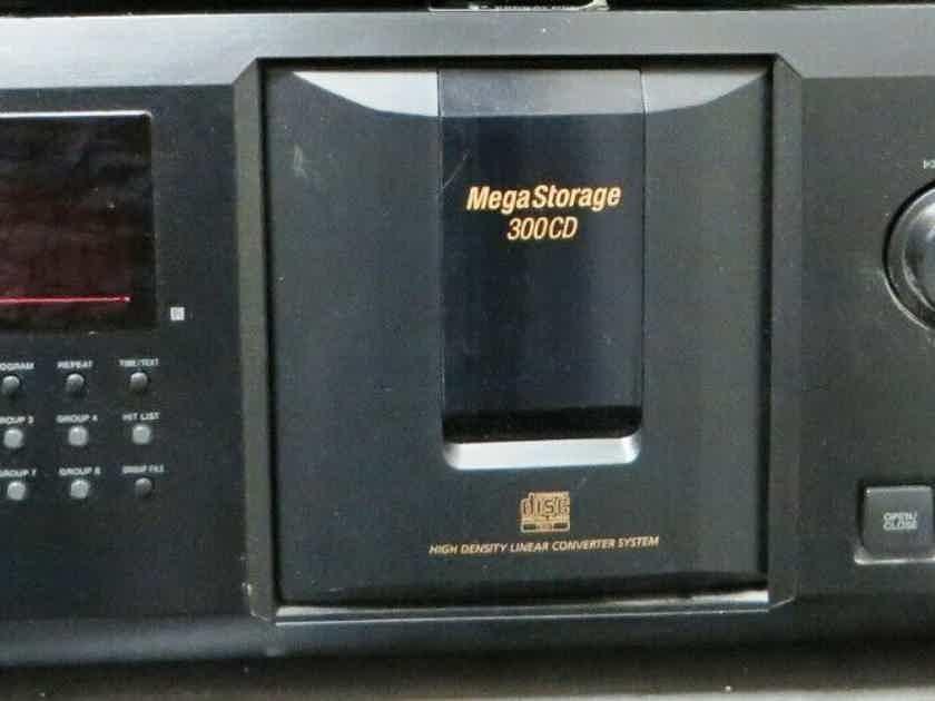 Sony CDP-CX335 CD Changer 300 cd player