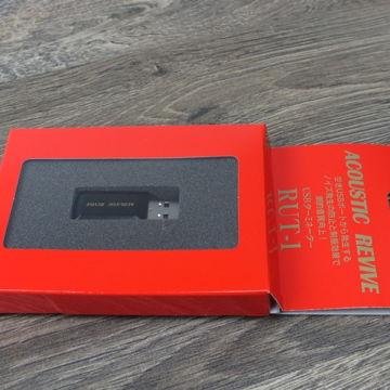 RUT-1 USB Terminator