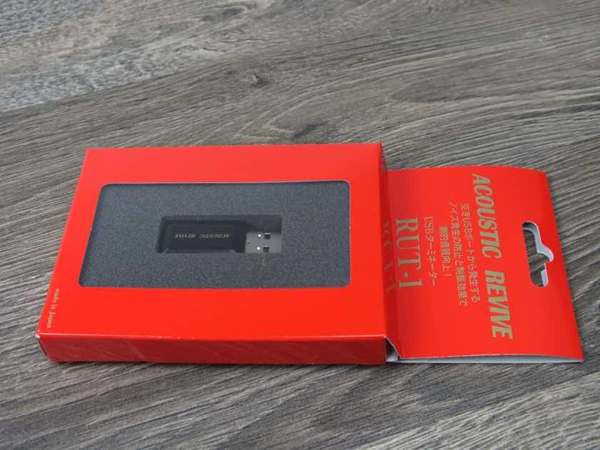 Acoustic Revive RUT-1 USB Terminator BRAND NEW