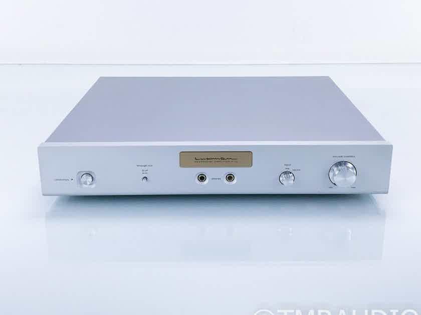 Luxman P-1u Headphone Amplifier; P1U (17126)