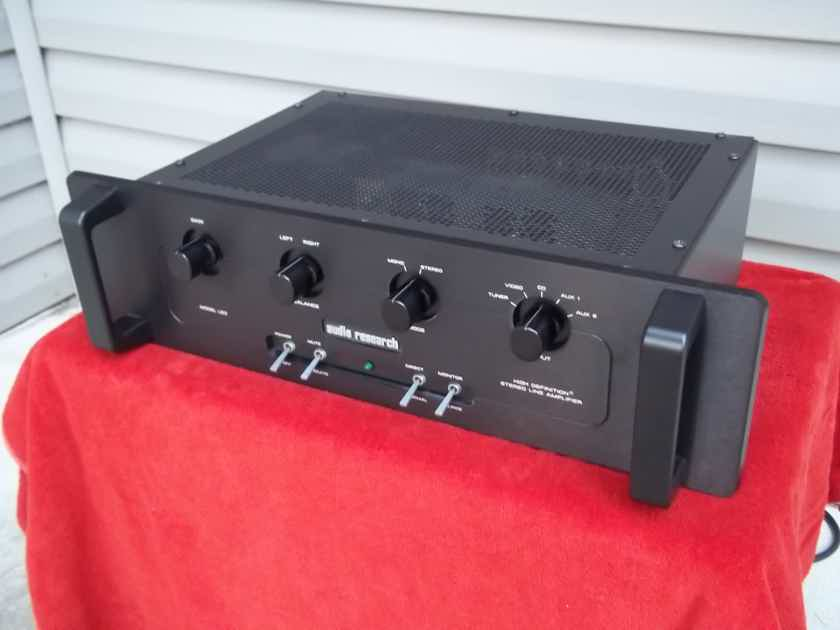 Audio Research LS-3  Line Stage preamplifier, Excellent condition