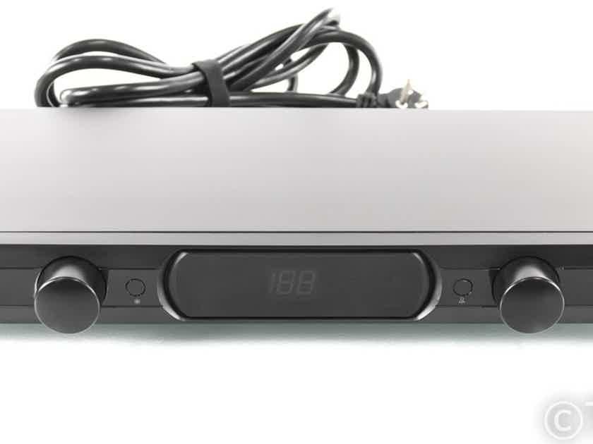 Panamax MR4300 AC Power Line Conditioner; MR-4300 (25853)