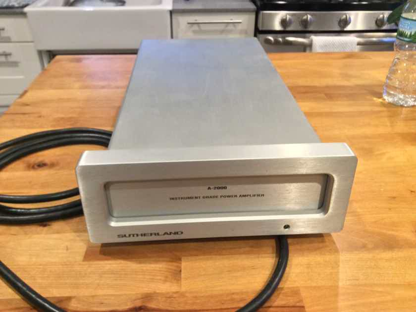 Sutherland  A 2000 Stereo amp