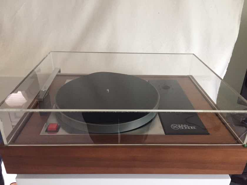 Linn LP-12 Turntable