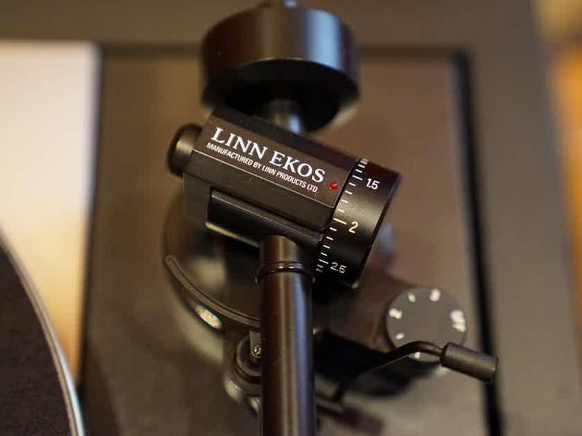 Linn Sondek LP12 in Limited Edition Black Fluted Plinth