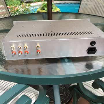 Three RCA inputs, 1 RCA output.