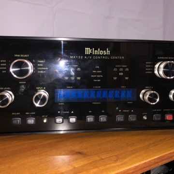 McIntosh MX-132 A/V Control Center