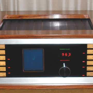 Sequerra Model 1 FM Tuner