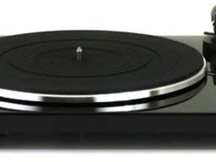 Music Hall mmf-1.3 Turntable w/Phono Preamp