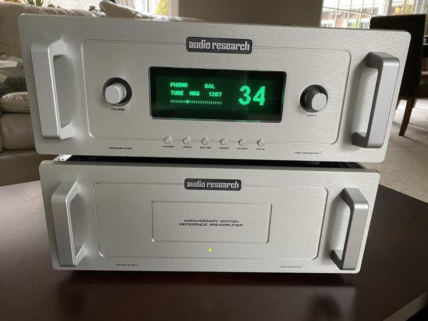 Audio Research  40th Anniversary Edition Reference Preamp Mint Condition