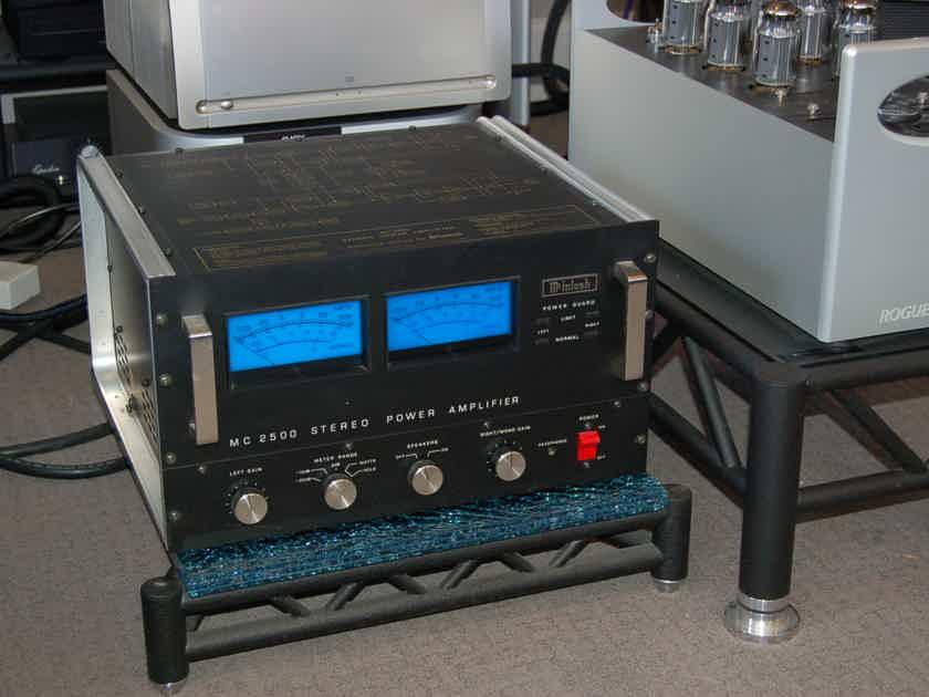 McIntosh MC-2500 Muscle AMP