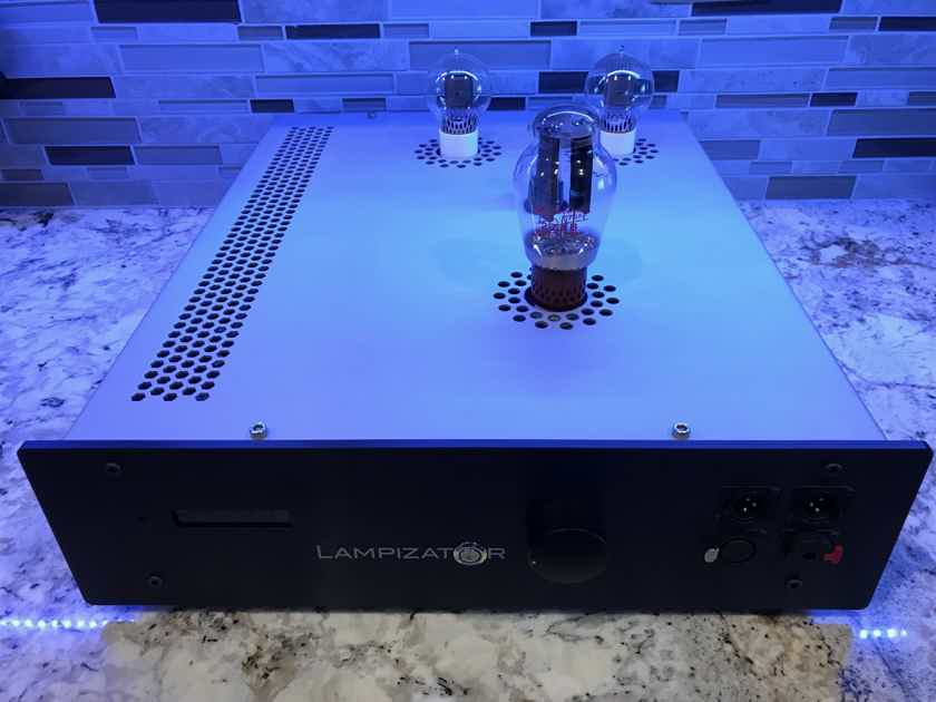 Lampizator BIG 7  with headphone amp