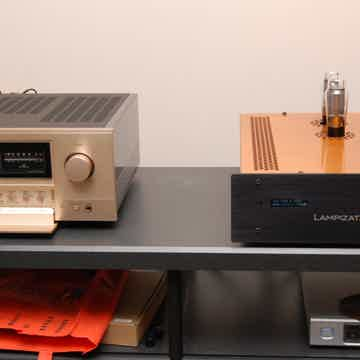 Accuphase E-650 Mint Condition