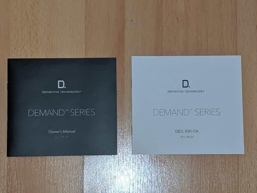 Definitive Technology D9 - Demand Series Bookshelf Speakers in Piano Black (1 Pair)