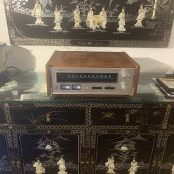 Accuphase T-100 SUPER FM TUNER!