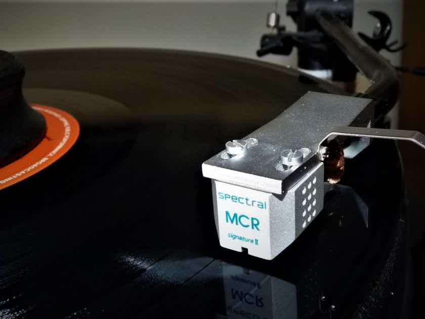 Spectral MCR Signature mkIIA  phono cartridge top Lyra / Scantech