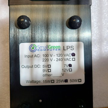 Small Green Computer 7V Linear Power Supply