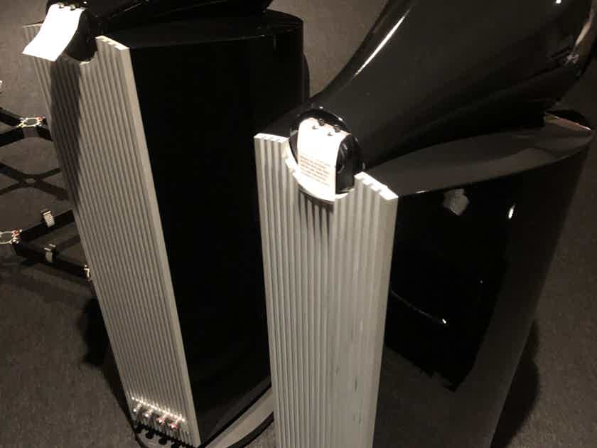 B&W (Bowers & Wilkins) 802D3 Lpcal pickup only!!!! No original boxes