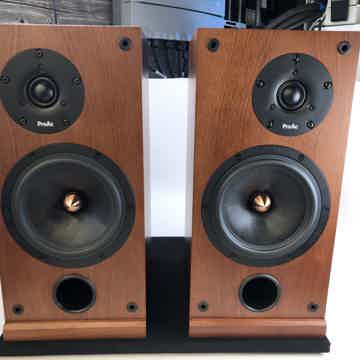 ProAc Response D Two - Bookshelf or Stand Mounted Speakers