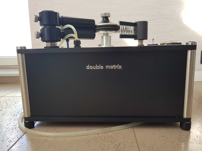 Clearaudio  -Double Matrix-    record cleaning machine